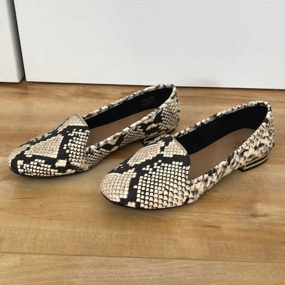 Snake print loafers ladies